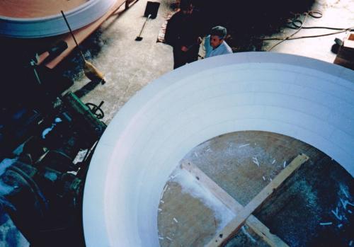 Molde de gran tamaño en el taller